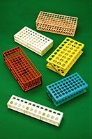 Catalogo prodotti per le analisi chimiche in ambito for Provette e portaprovette